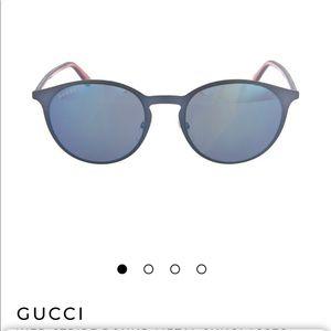 New Gucci sunglasses 😎